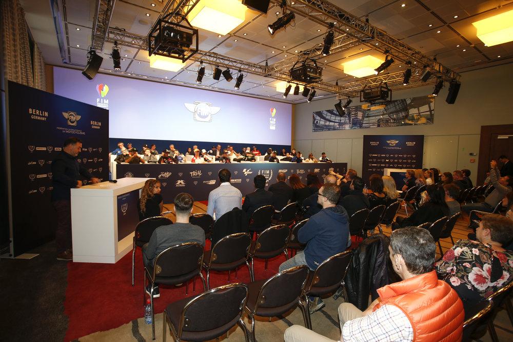 395_FIM_gala_2016_Press,Conference.jpg