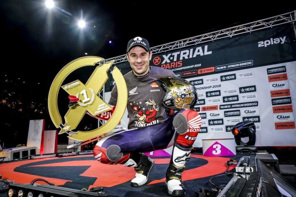 Toni Bou_12world titles.jpg