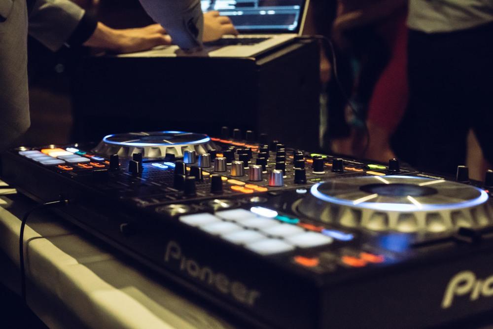 ATMOS DJ TOM-2.jpg