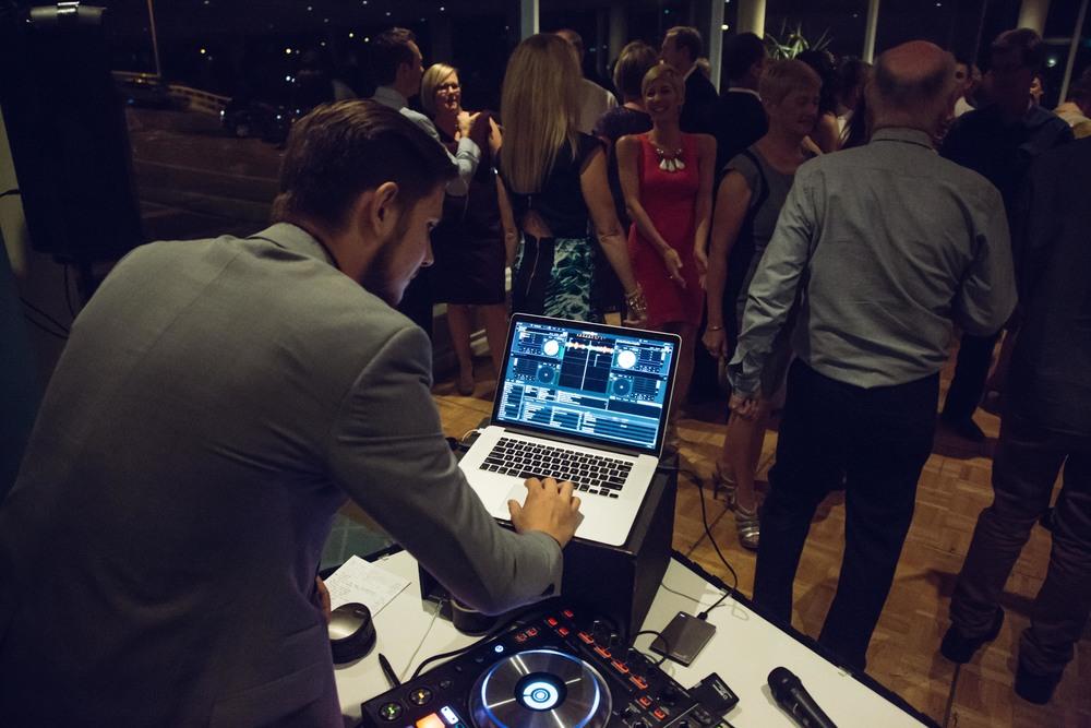 ATMOS DJ TOM-1.jpg