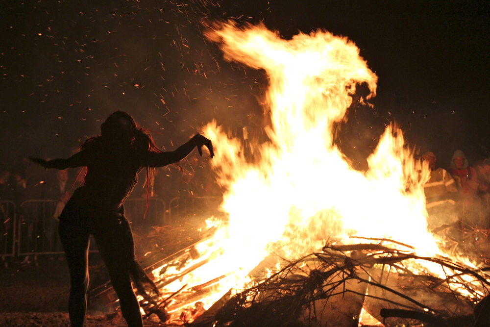 Bonfire at the 2012 Edinburgh Beltane Fire Festival (Photo from commons.wikimedia.org)