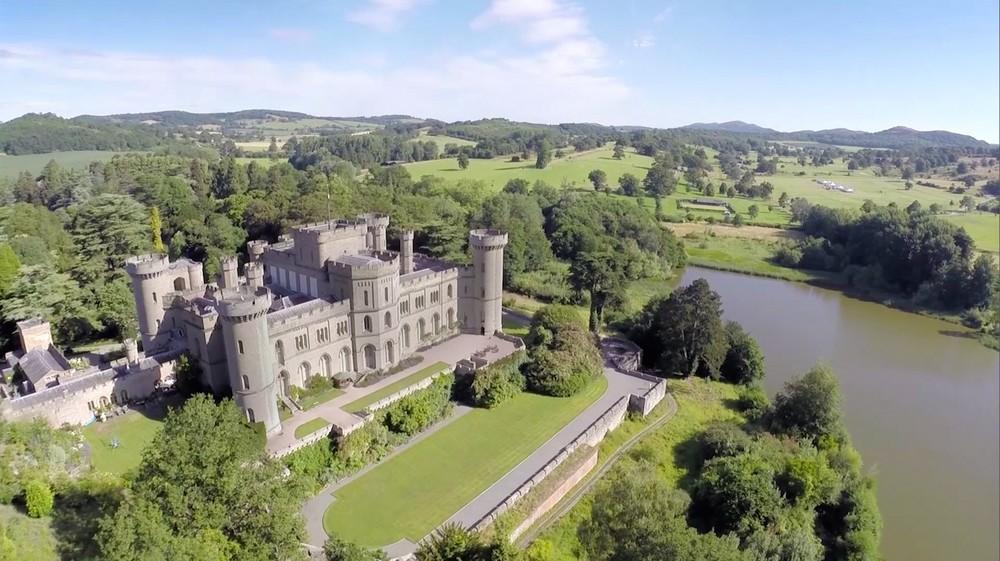 Pic: Eastnor Castle (http://bit.ly/2aJKDVW)