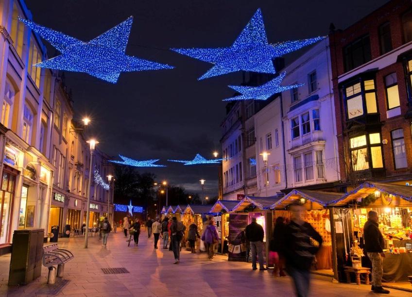 Cardiff-Christmas-Market.jpg