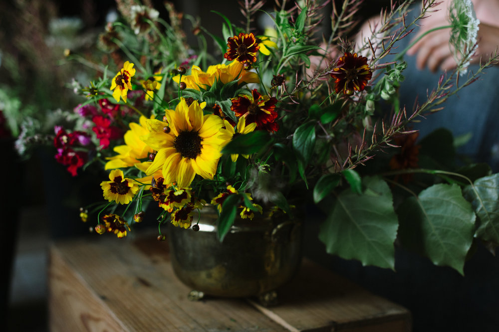 seasonal flowers, flower arrangement, farm flowers