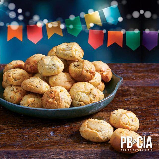 A broa de milho, é uma ótima e deliciosa opção para festa junina! Compre direto da fábrica pelo Whatsapp 11 95327-8987 ou tel 11 4070 5000 ou vendasonline@pbecia.com (apenas SP e ABC) #delivery #deliciasdopao #festajunina
