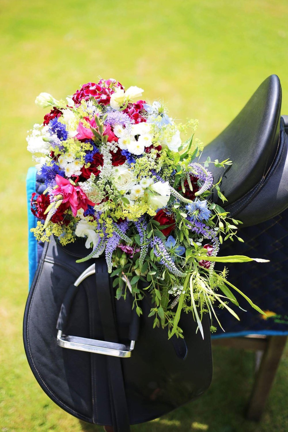 vintage wedding bouquet.jpeg