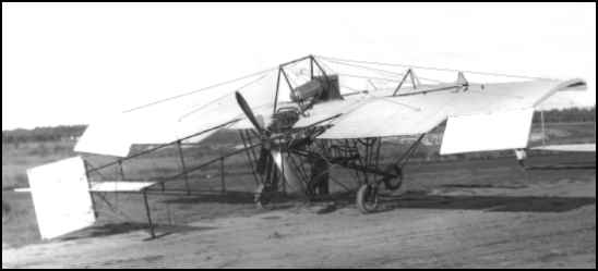 The Walden IX.  Notice the large ailerons and aft mounted control surfaces.