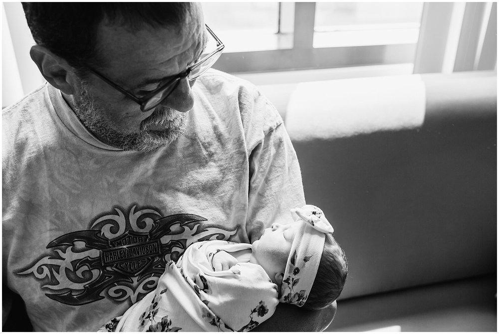 collingswood-new-jersey-fresh48-newborn-hospital-photographer_0076.jpg