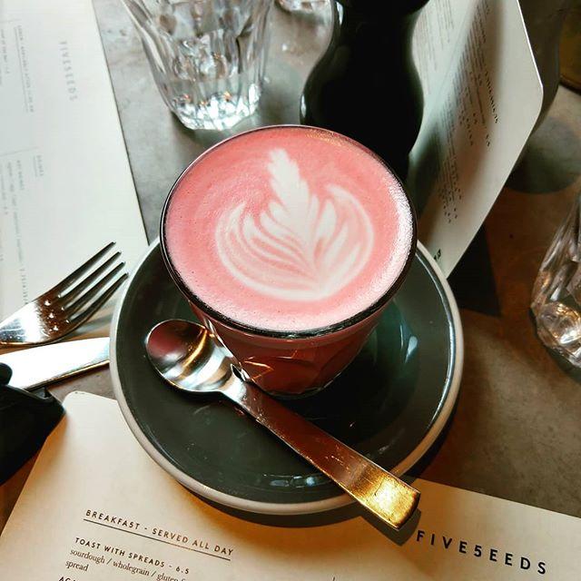 Would you try a beet latte?  #beetlatte #five5eeds #veganlatte #latteart #fancyaf  #almondmilklatte #parkcity