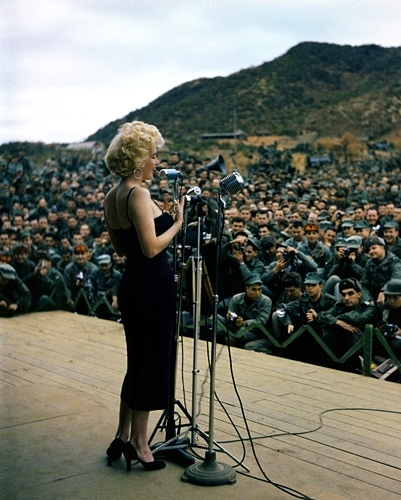 Marilyn Monroe visits Korea and speaks to the troops in 1954. Source: Korean History