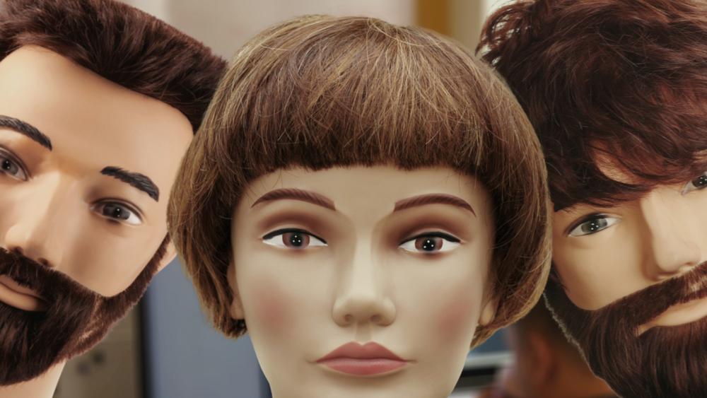 Femto_PR_still_mannequins.jpg