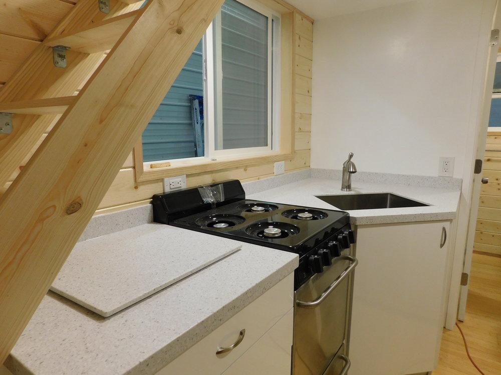 kitchenTDHJem2.JPG