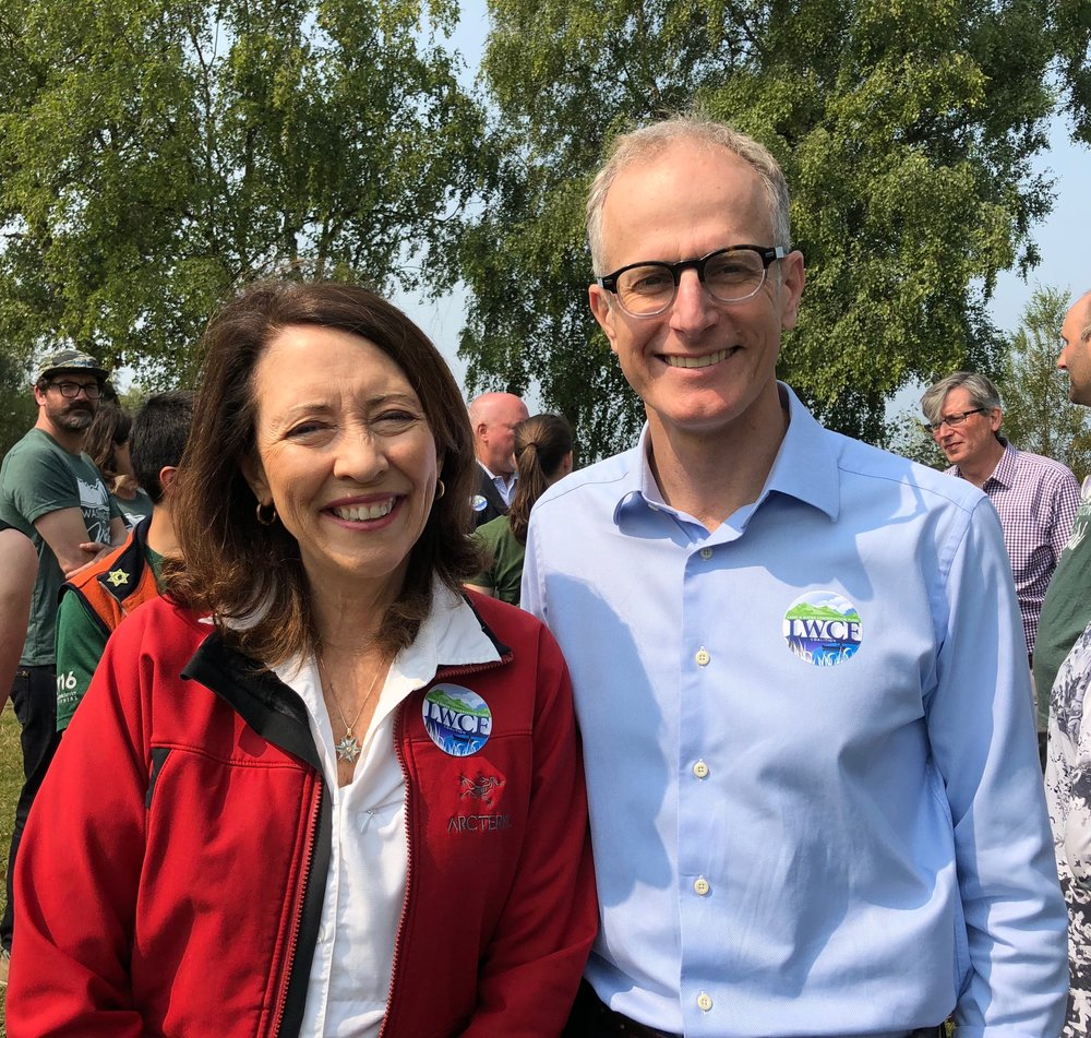 Sen. Cantwell and TNC Washington state director Mike Stevens show off their LWCF Coalition stickers at Monday's event. Photo by Cathy Baker