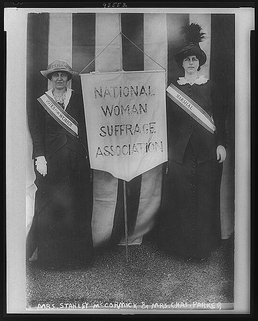 two women holding a nwsa banner, library of congress.