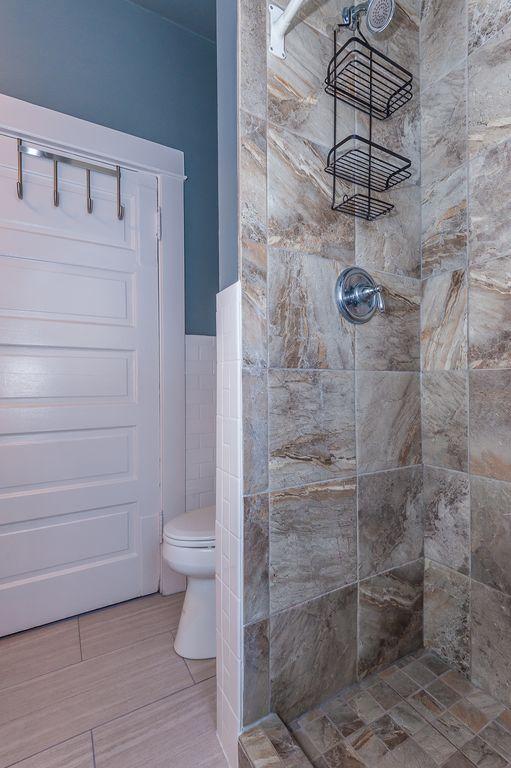 Main floor: Full bathroom with walk-in shower