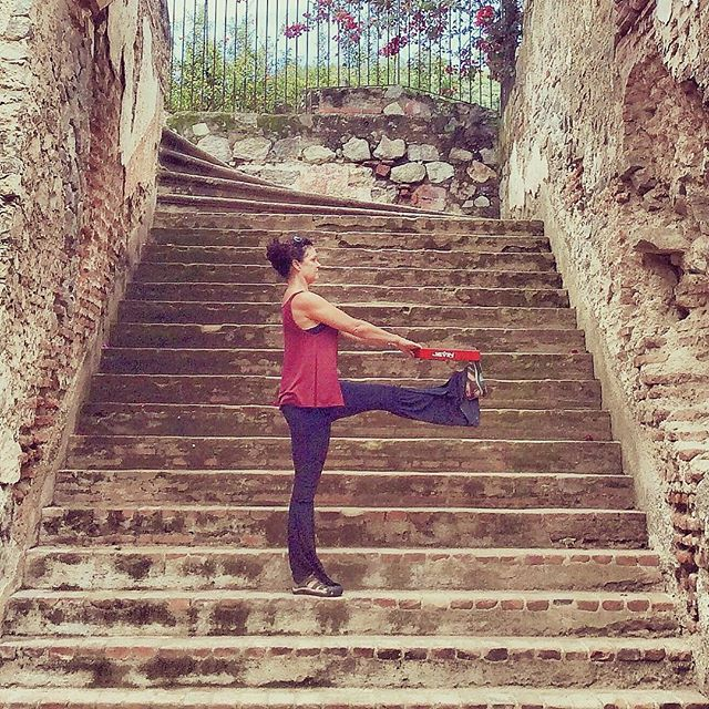 There is no elevator to success, you have to take the stairs #jevinyoga #yogalove #yogalife #yogini #yogajourney #yogaforbeginners #beginneryoga #yogainmyfifties #yogagirl #yogaover50 #yogaafter50 #yogagirl #yogagram #antiguaguatemala #ruins #guatamala #yogaprops #propyourpose #propyouryoga