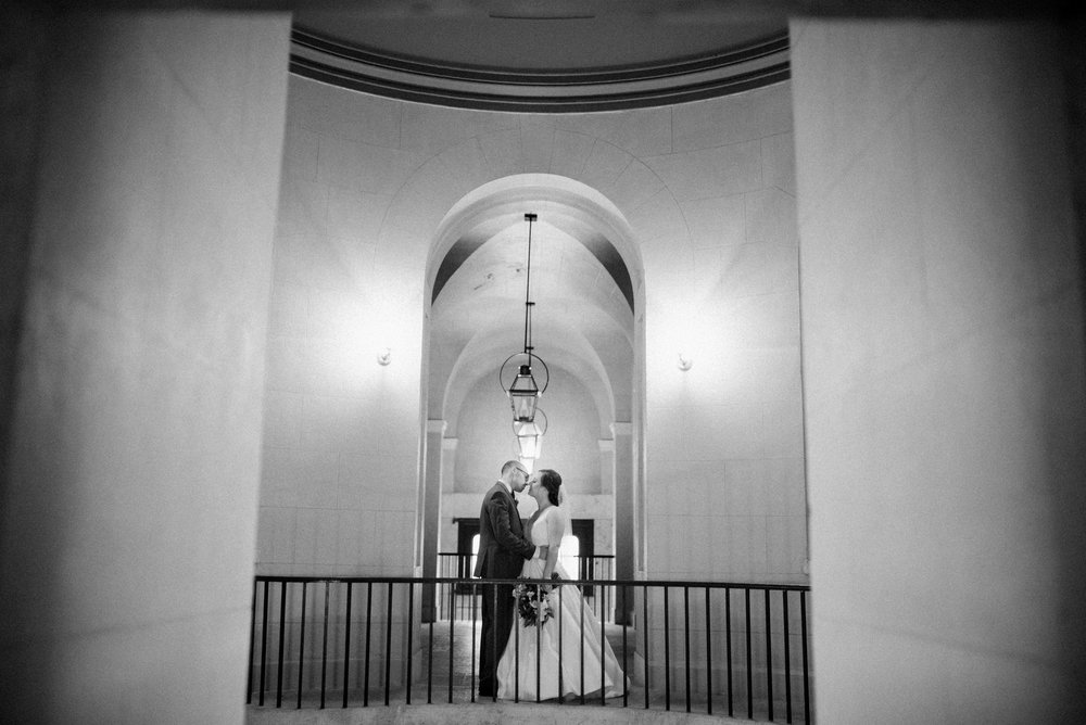 -Chelsea-Hall-Photography-Old-Courthouse-Wedding-Dayton-Ohio-41.jpg