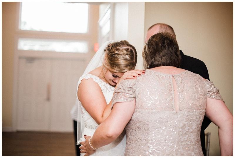 dayton wedding photography _ chelsea hall photography_estate at sunset farm_0118.jpg