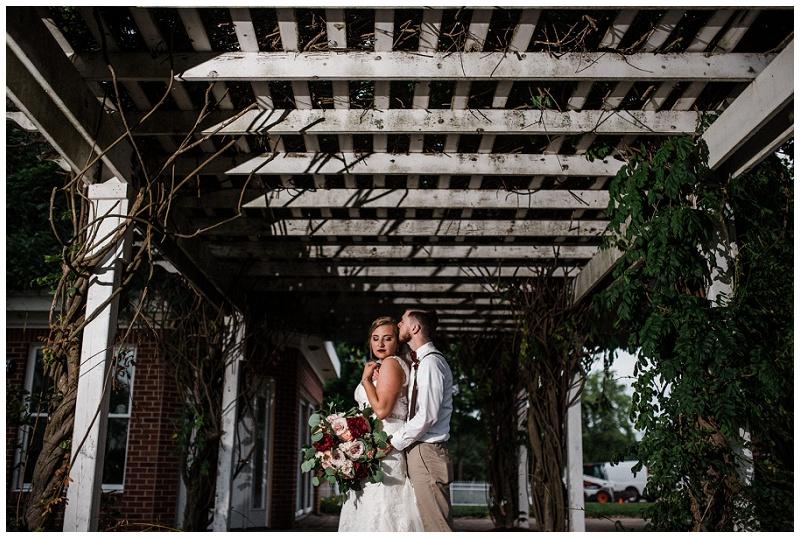 dayton wedding photography _ chelsea hall photography_estate at sunset farm_0138.jpg