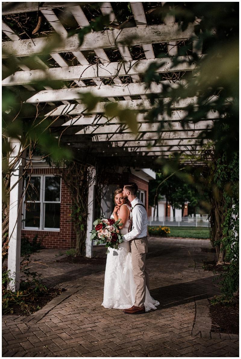 dayton wedding photography _ chelsea hall photography_estate at sunset farm_0137.jpg