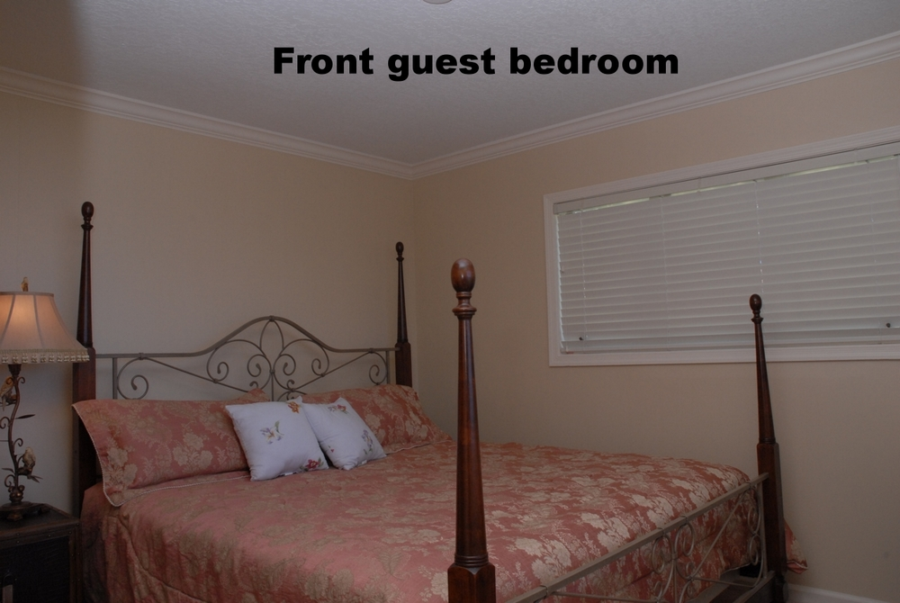 Upstairs Front Guest Bedroom 09.jpg