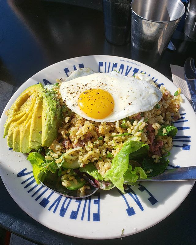 Legit best thing on their menu is this crunchy rice salad with eggs, meat and avocado. The zesty flavors from the dill really bring out an enormous amount of flavor in this amazing dish!  #foodporn #foodie#foodlover#food#foodblogger#photooftheday#picsoffood #foodaddict #foodhunter #LAfoodie #LAfood #foodinla #sqirl #yum #delicious #wow #eat #eating #eater #eggs #healthy #SelfCare #enjoyfood