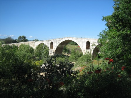 Roman Pont Julien, Near Bonnieux