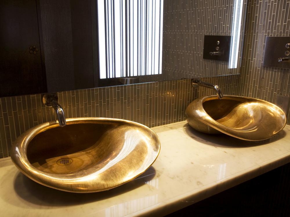 H57 Bronze Sinks