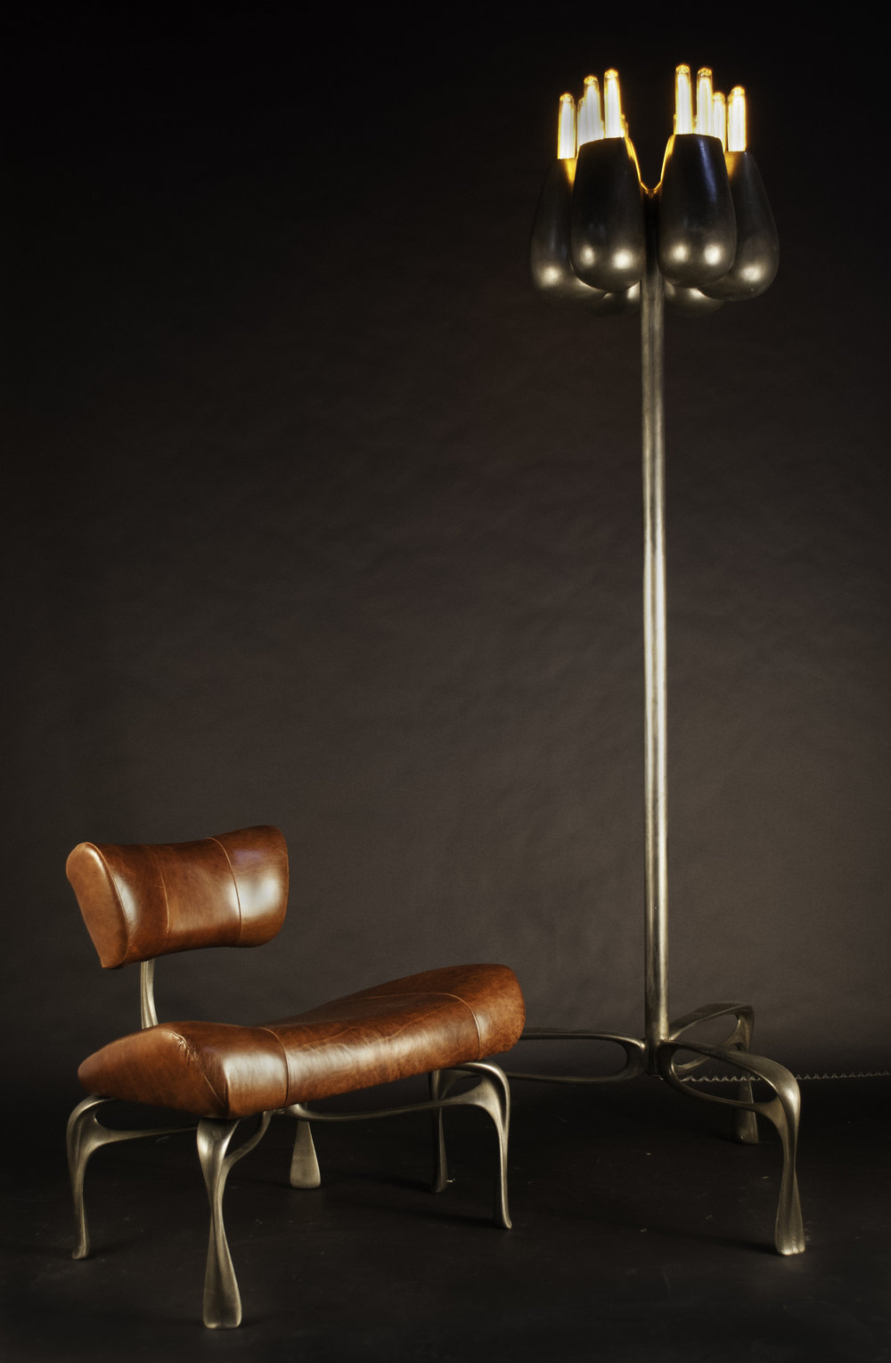 victory chair 4 and lamp - a.jpg
