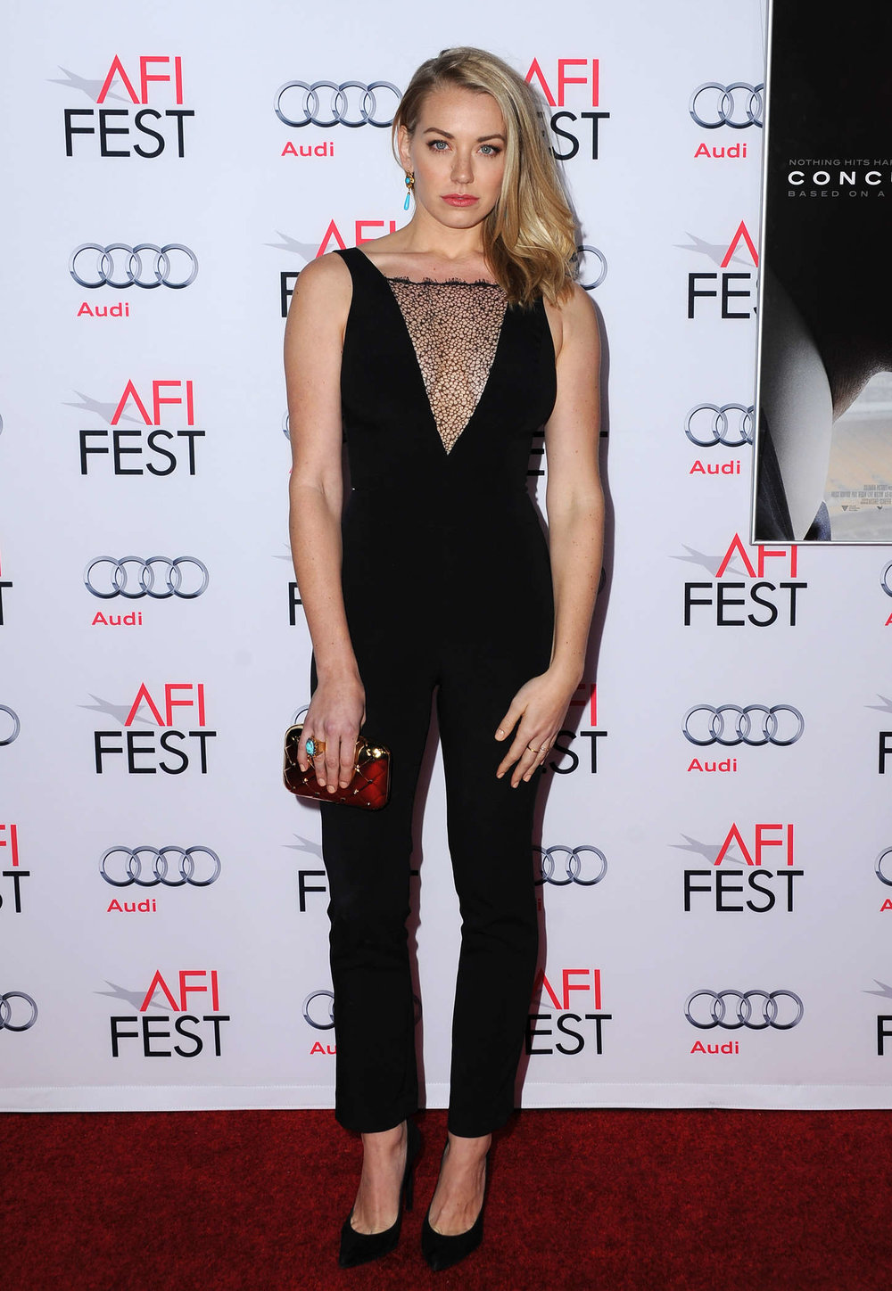 sara-lindsey-afi-fest-centerpiece-gala-concussion-premiere-in-hollywood_2.jpg