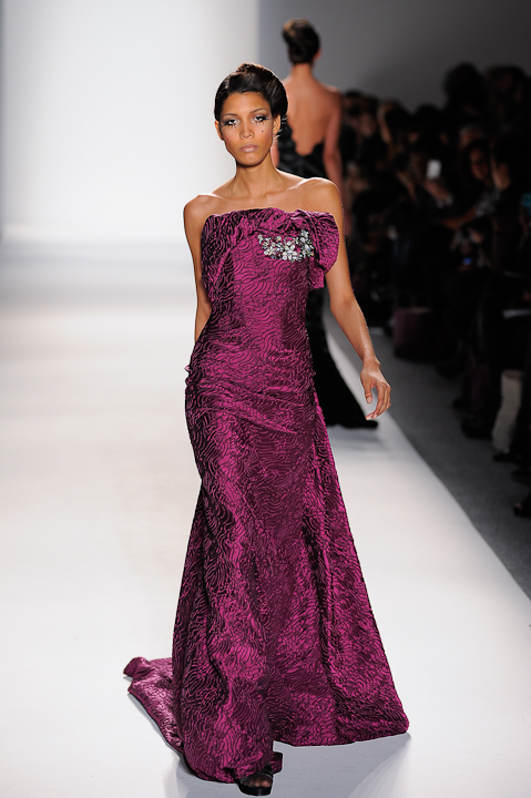 Magenta brocade strapless evening gown with crystal detail — Globa Moda