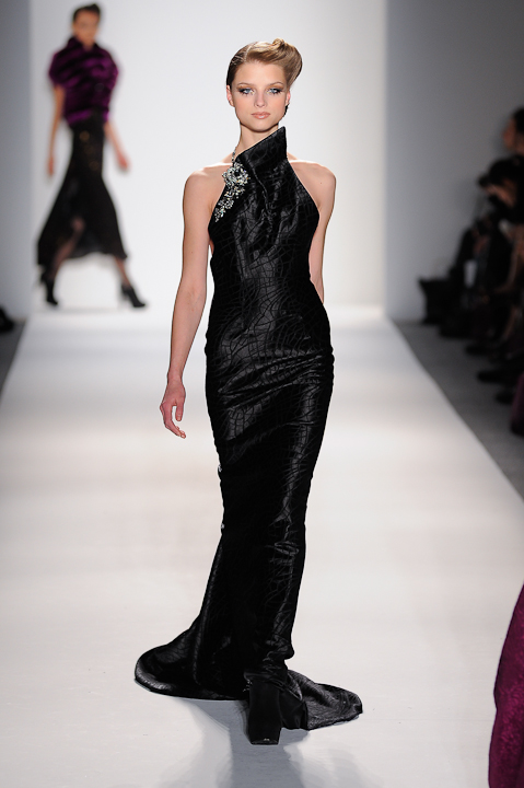 Black silk satin evening gown with crystal strap — Globa Moda