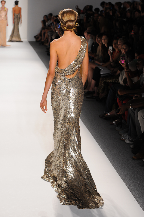116ef22978bb Gold and black sequin, one shoulder evening gown — Globa Moda