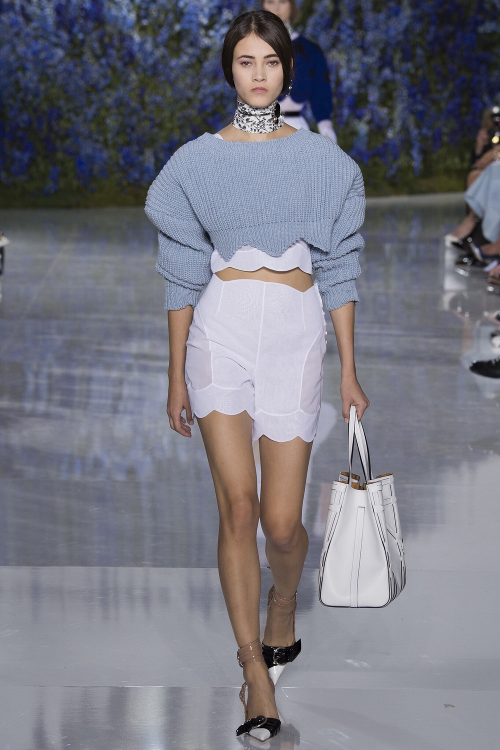 Christian Dior, Look #49 http://www.vogue.com/fashion-shows/spring-2016-ready-to-wear/christian-dior/slideshow/collection#49?mbid=ios_share