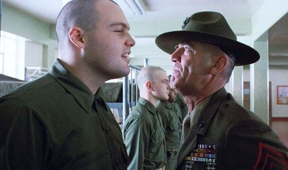 r-lee-ermey-dead-full-metal-jacket-946620.jpg