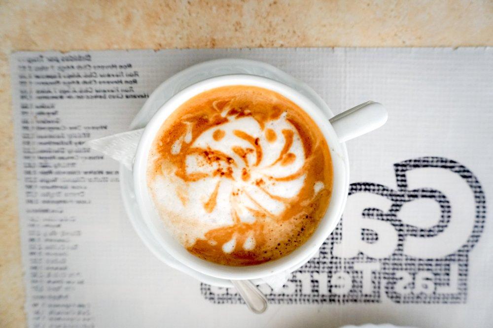 olapi-creative-branding-weekend-cafecito