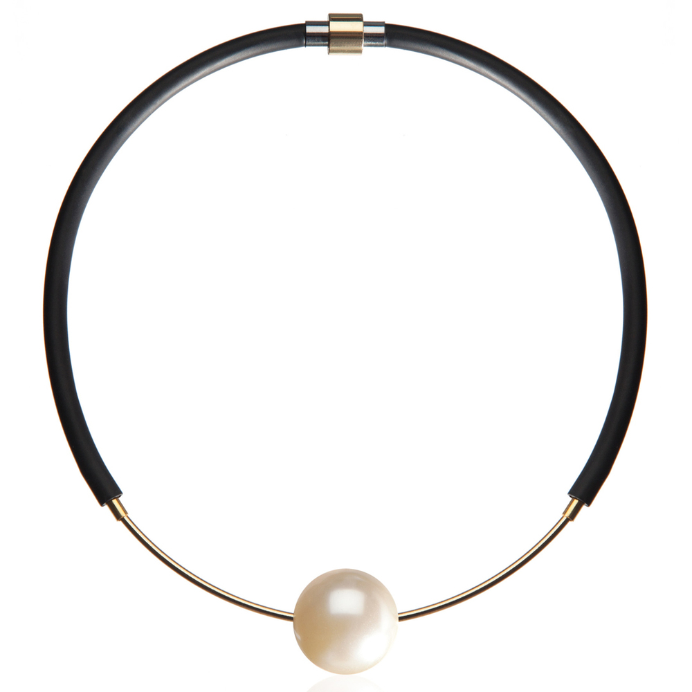 FAUX/REAL  Eye On You Choker Pearl $195