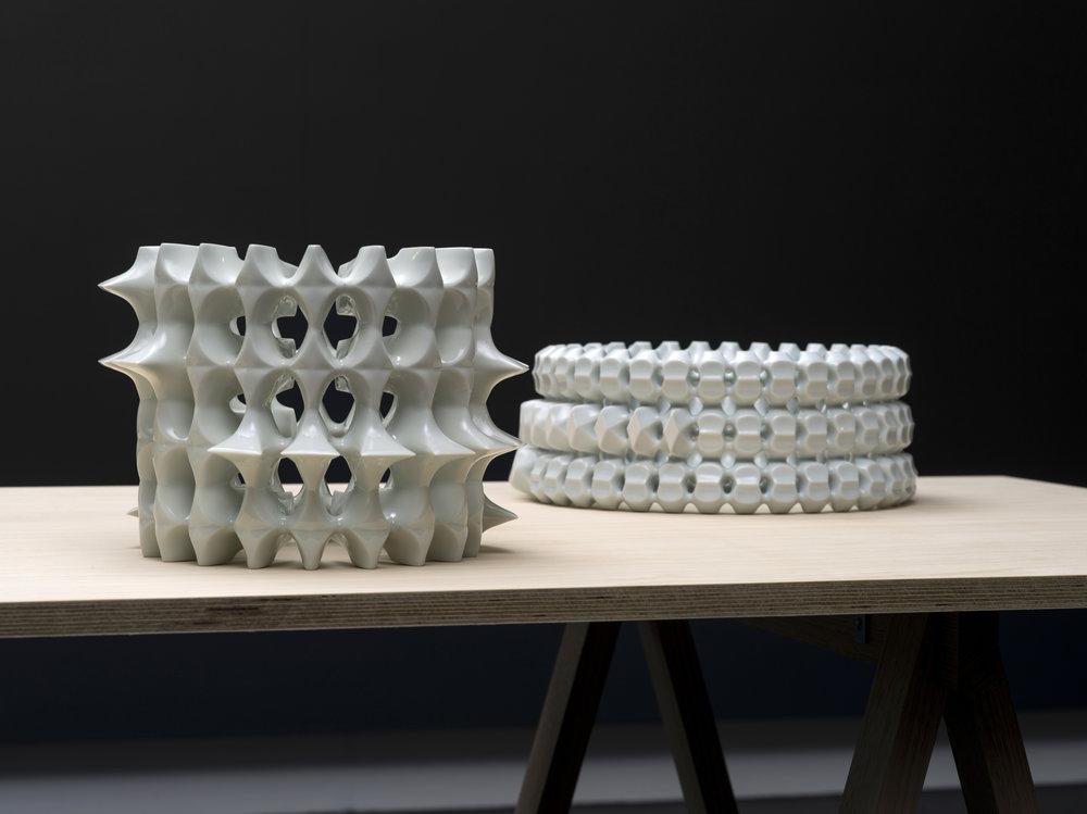 Kenji Uranishi,'Danpen (Fragments)' 2017, glazed porcelain Image: Carl Warner