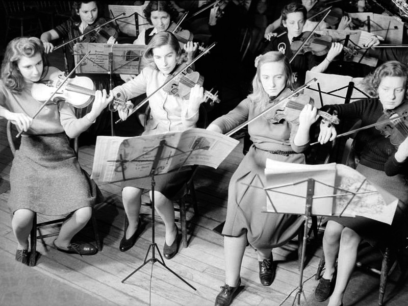 The Montreal Women's Symphony Orchestra during a rehearsal, 9 January 1942