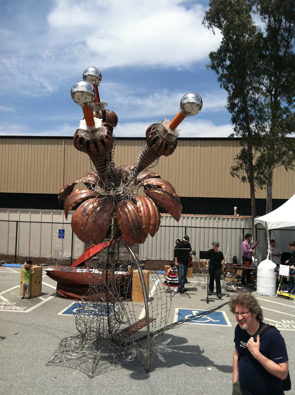 APERION with live violin playing the Tesla coils at Maker Faire.