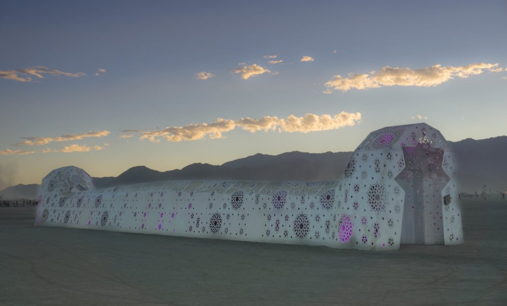 ROSHANAI at Burning Man 2016. Photo by Meike Gugel