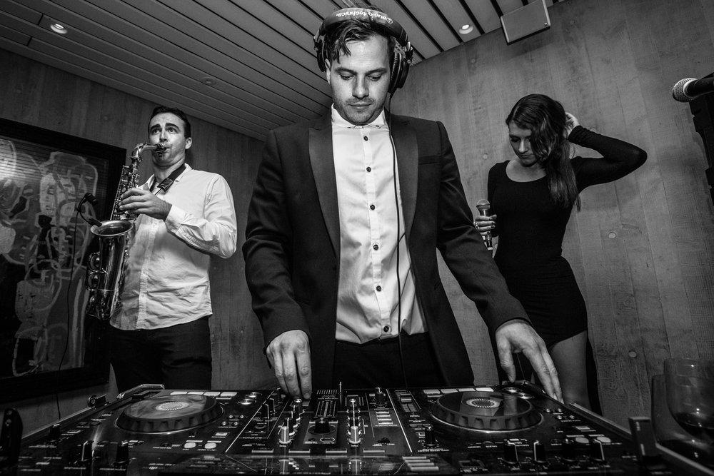 Oberon Gold DJ Trio