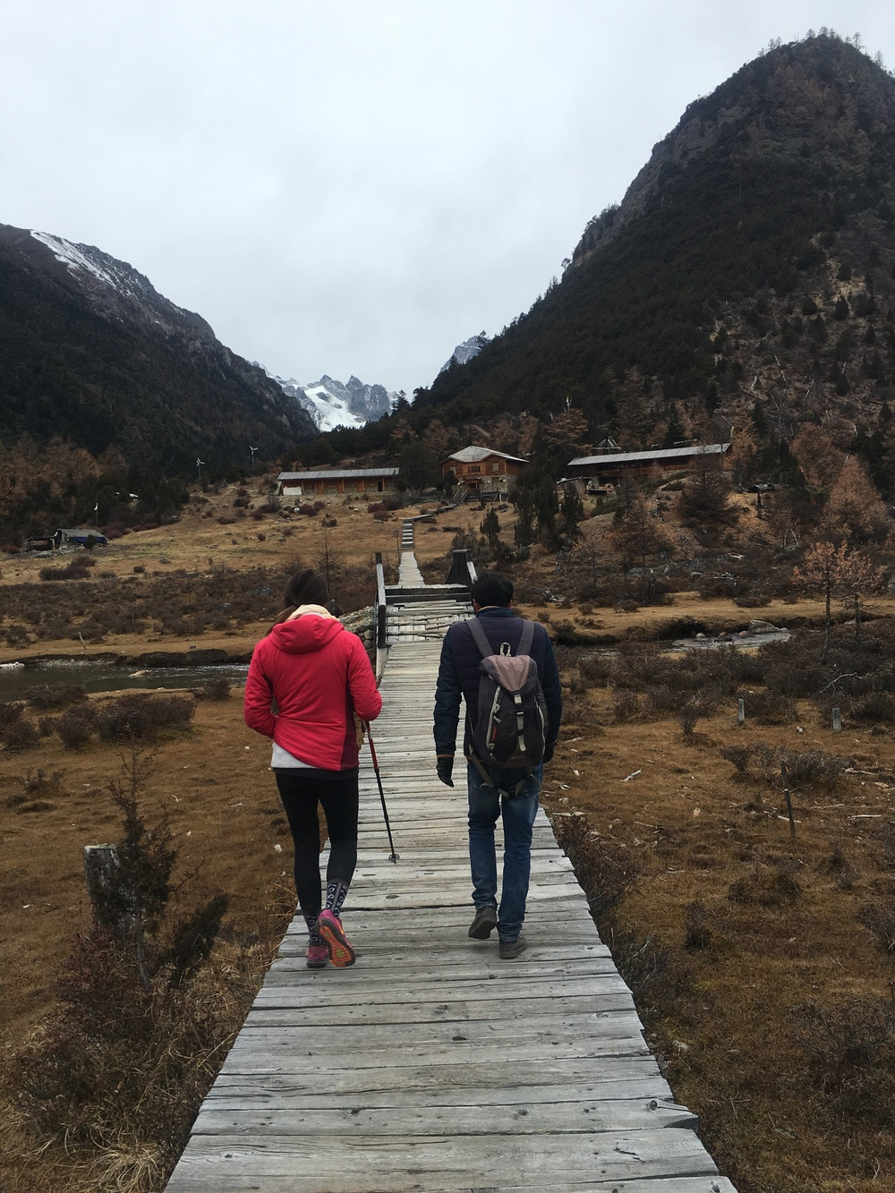 Hike in the valley of the Baima Snow Mountain