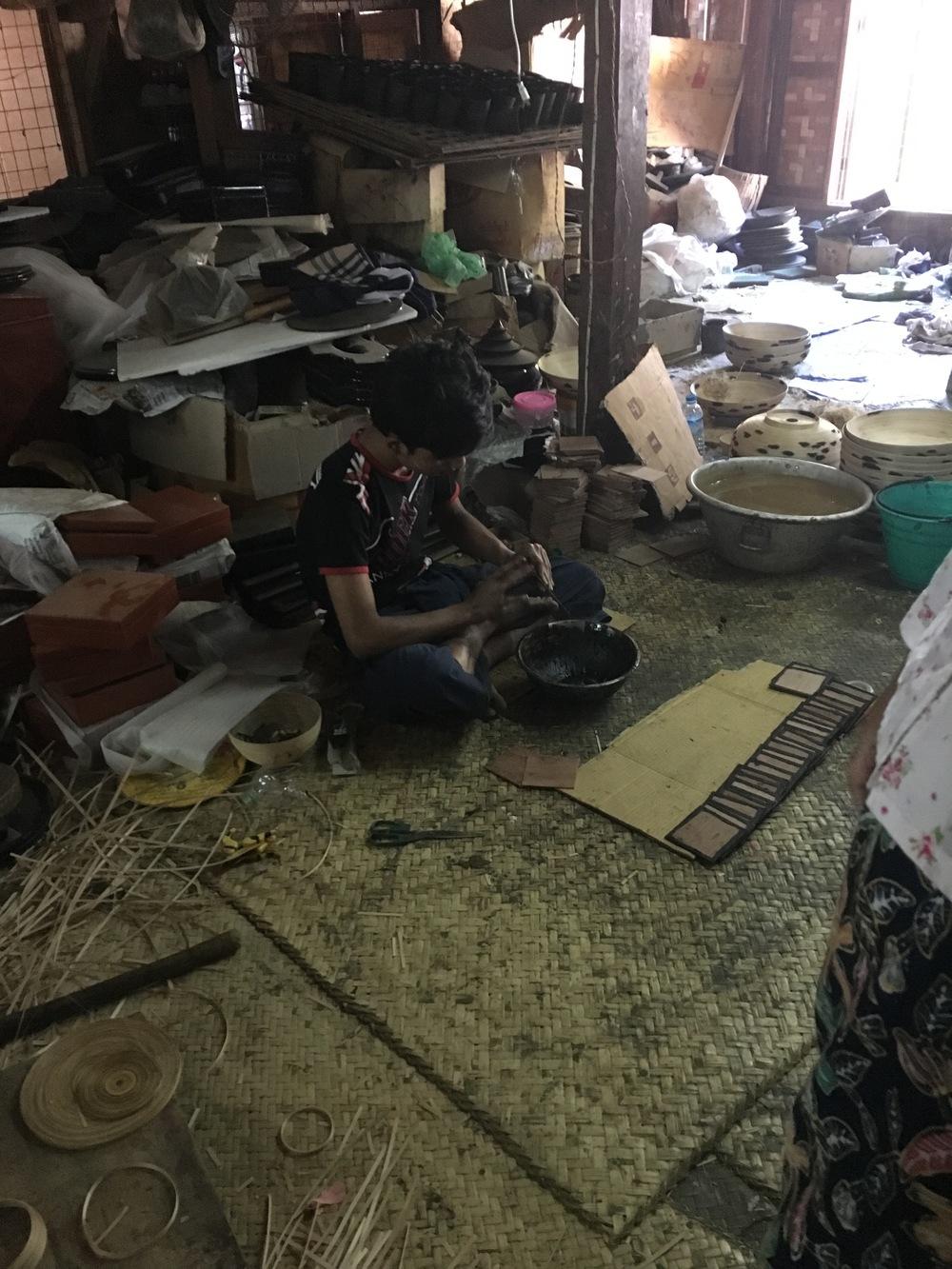 lacquerwear factory
