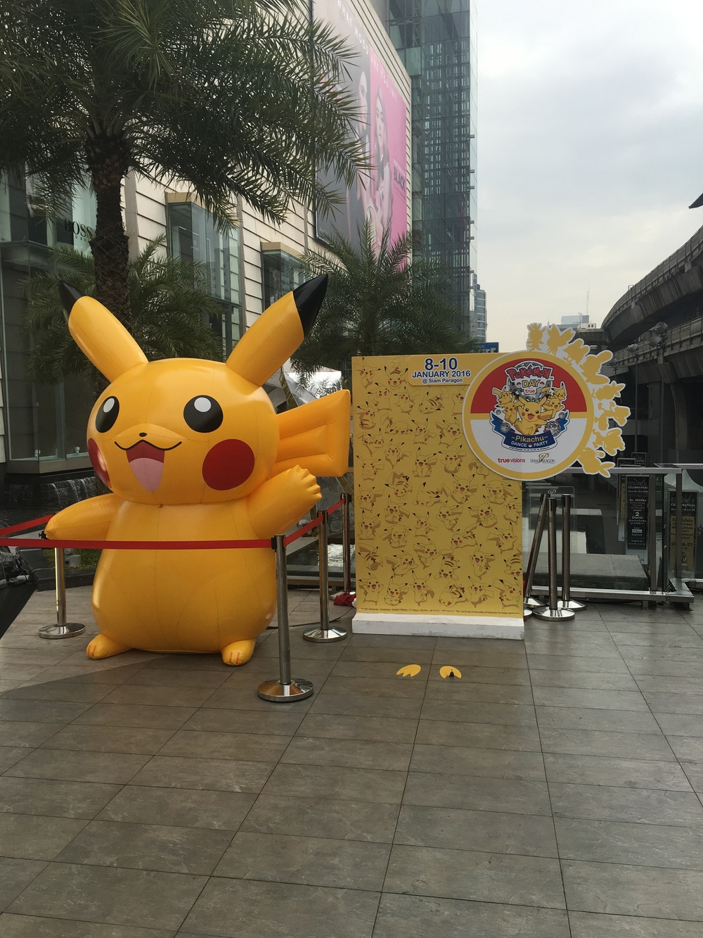 Pikachu welcomes YOU! to Siam Paragon mall