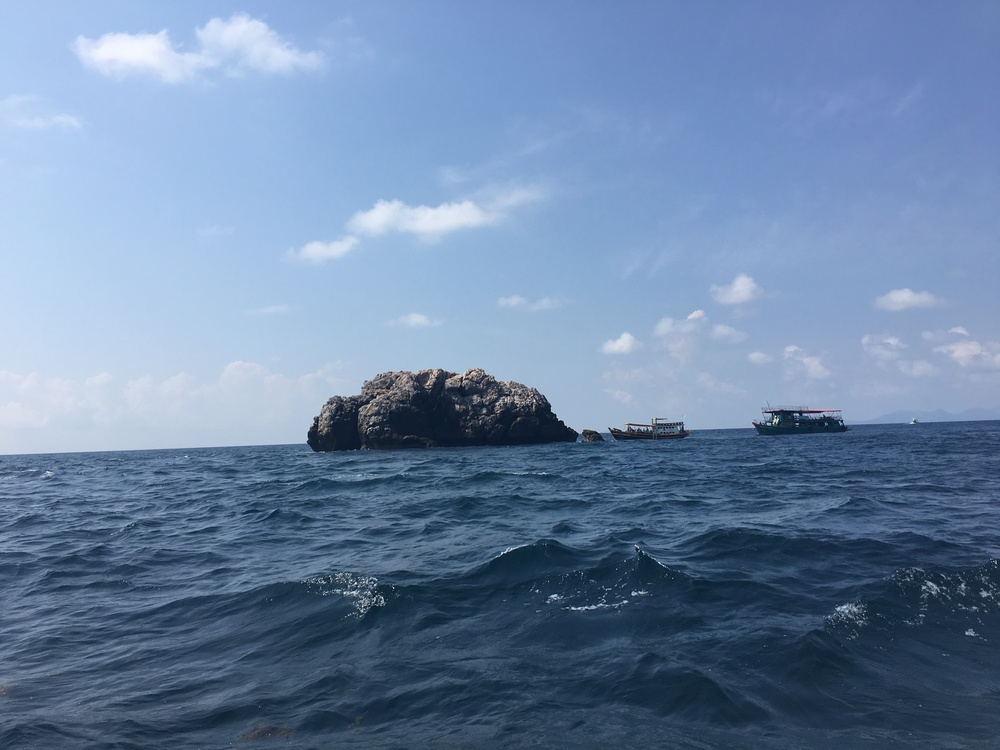 Sail Rock for diving