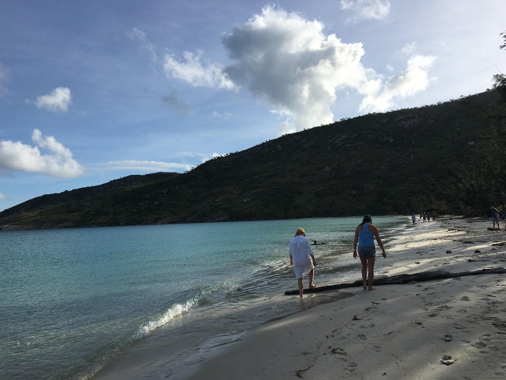 Elin + Alex stroll on Lizard Island