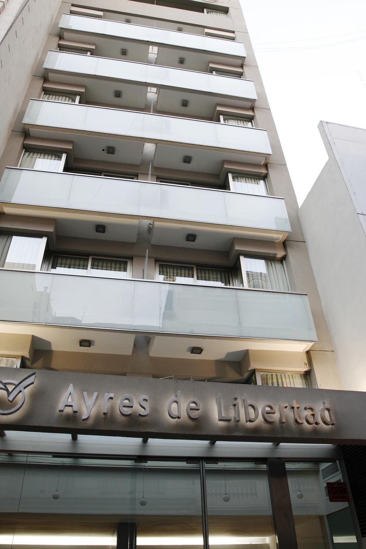 AYRES DE LIBERTAD