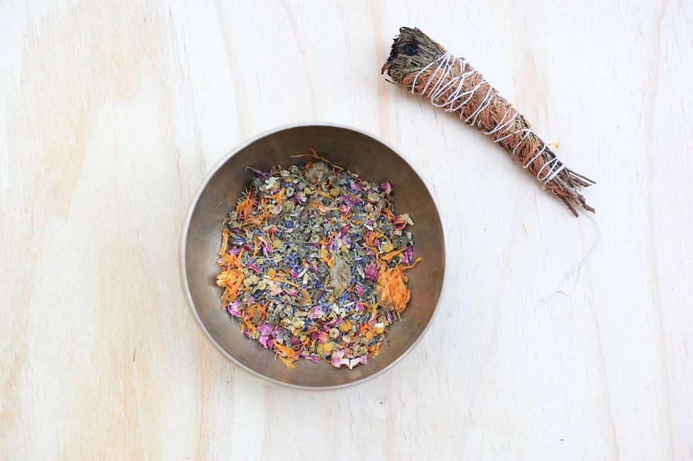 Pictured here is our BALANCE blend in the Bajos range, the perfect self loving act is giving yourself the gift of time and healing. To learn more about what this exquisite botanical blend is helpful for or to learn more about Yoni Steaming read the articles on Why Steam and take a look at our blends and choose your personal favourite. With LOVE