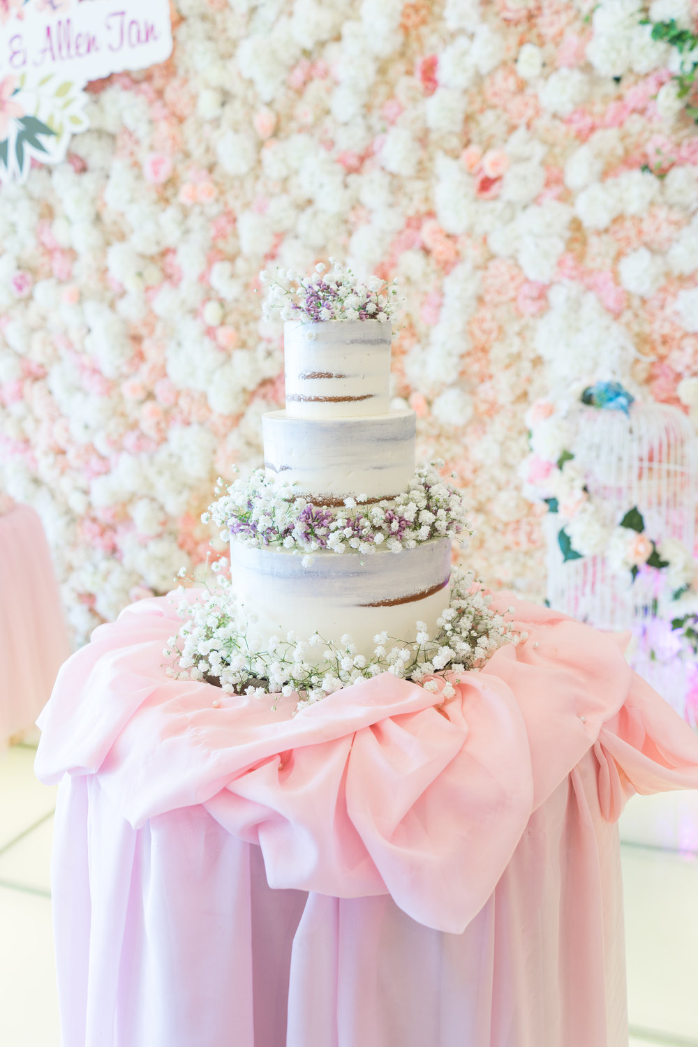 Babysbreath Wedding Cake for Marian 2.jpg